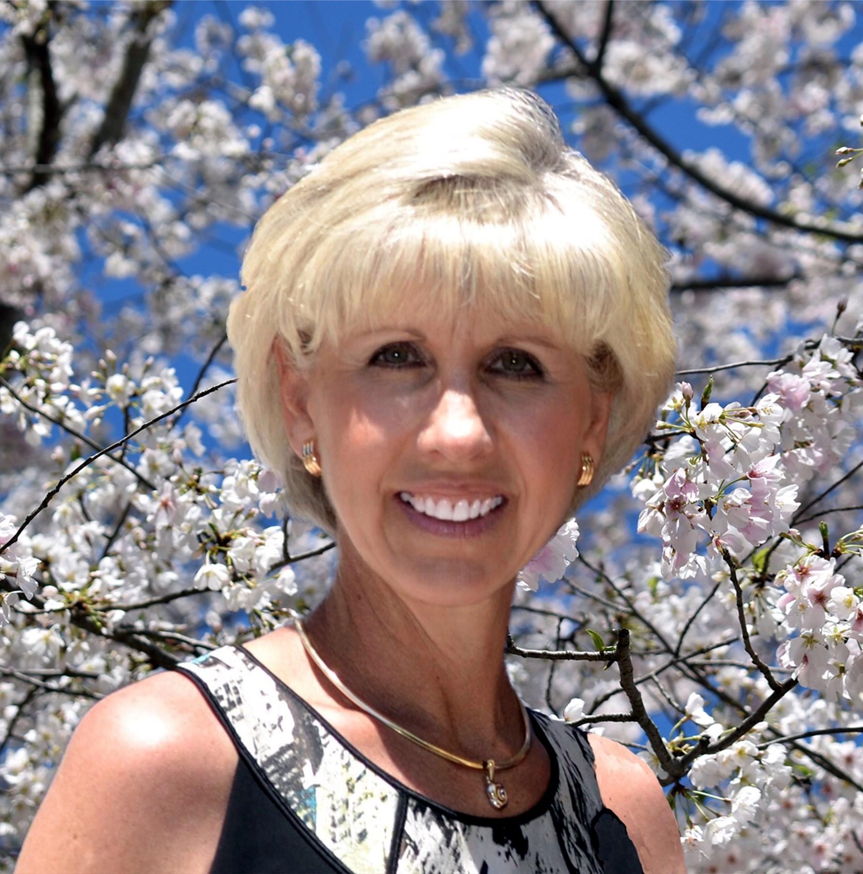Cheryl Lynn  Hogan