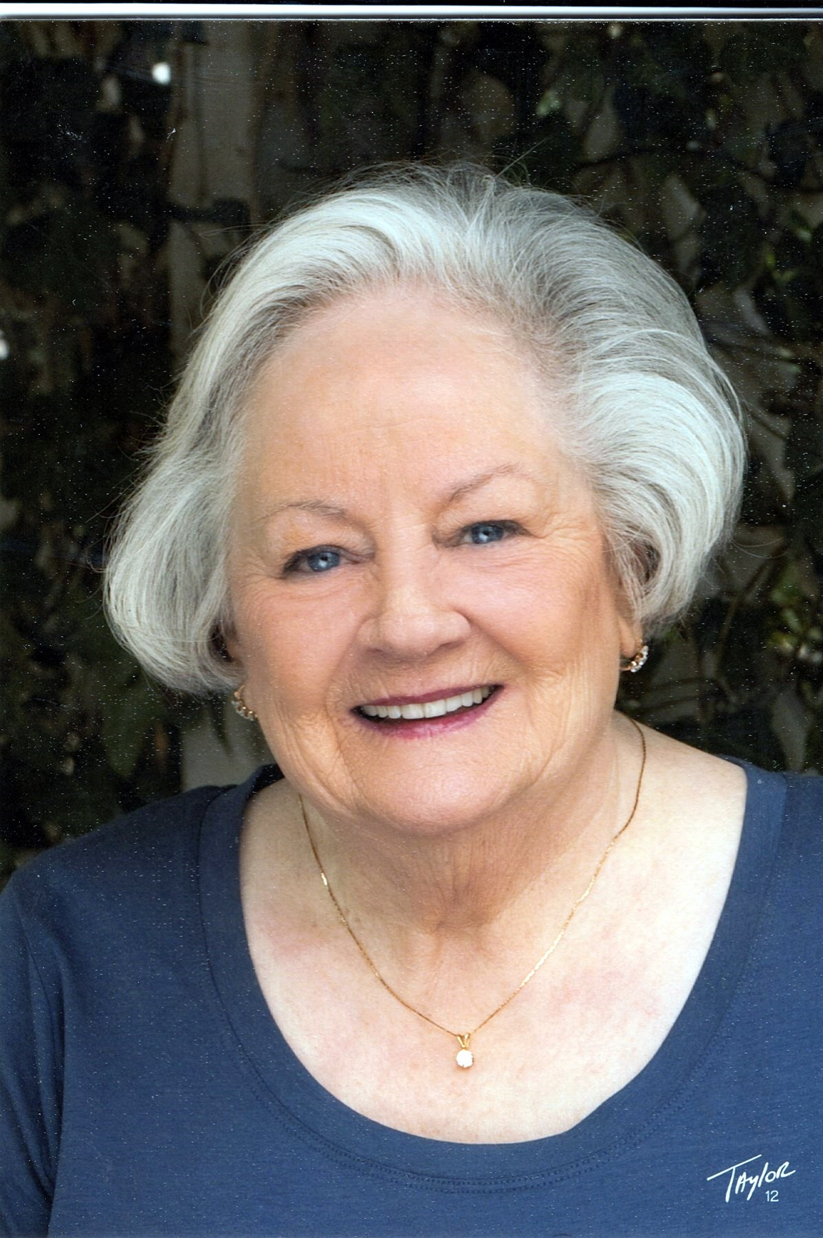 Mary Luan  Moore