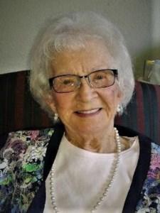 Pearl Elaine  Miller