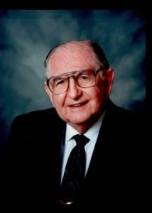 Dr. Fausto Manuel  Cuervo-Arango