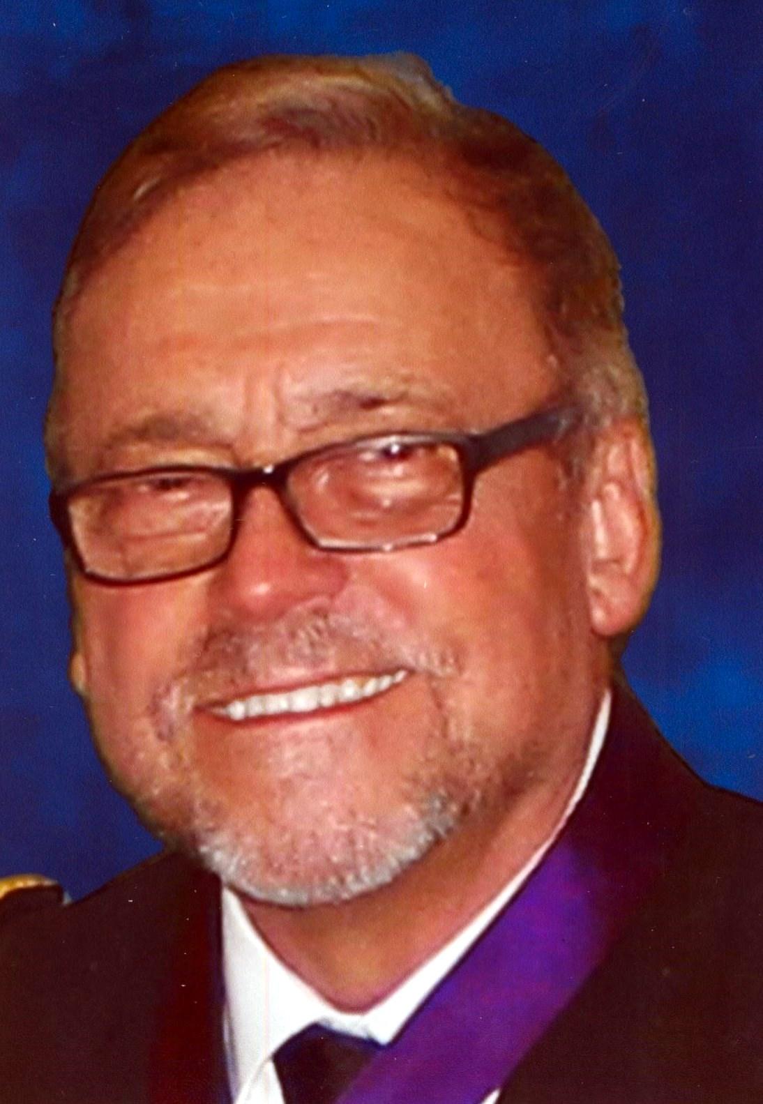 Robert Lee  Ferguson Jr.