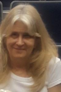 Joan Louise  Gray