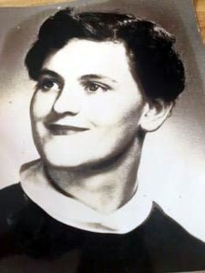 Nancy  Dewey