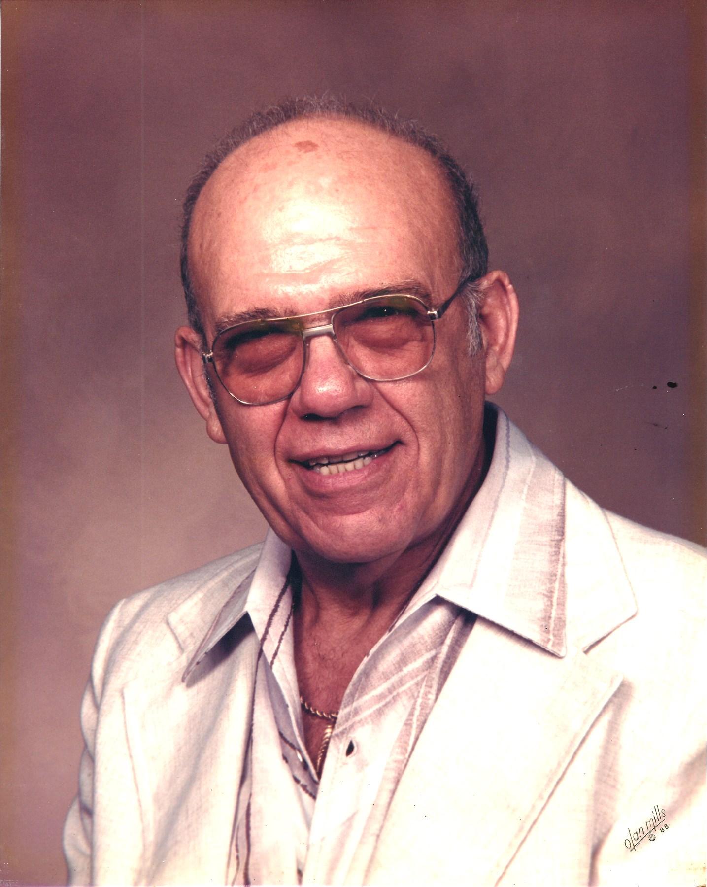 Gus John  Ventimiglia