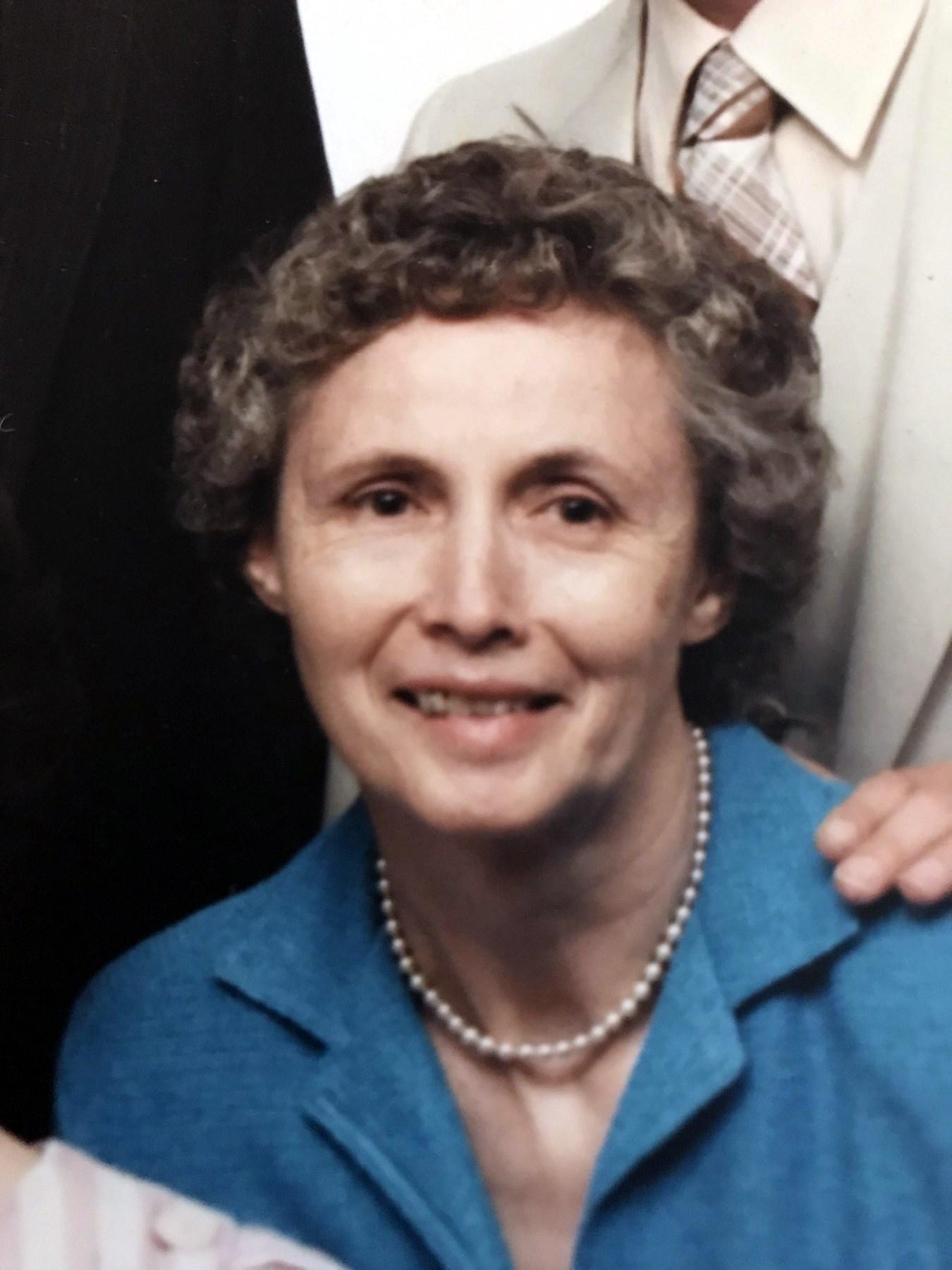 Nora Belle  Moorhead