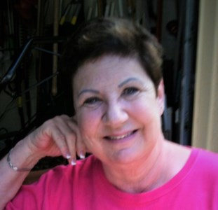 Cindy J.  Kyle