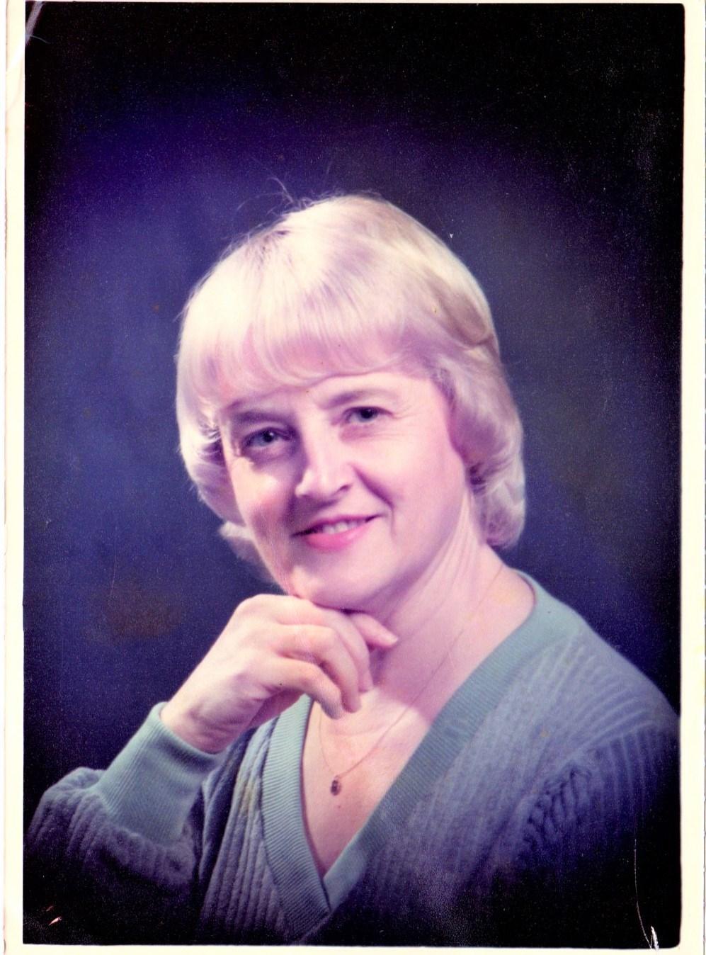 Joann Elizabeth  Greeves