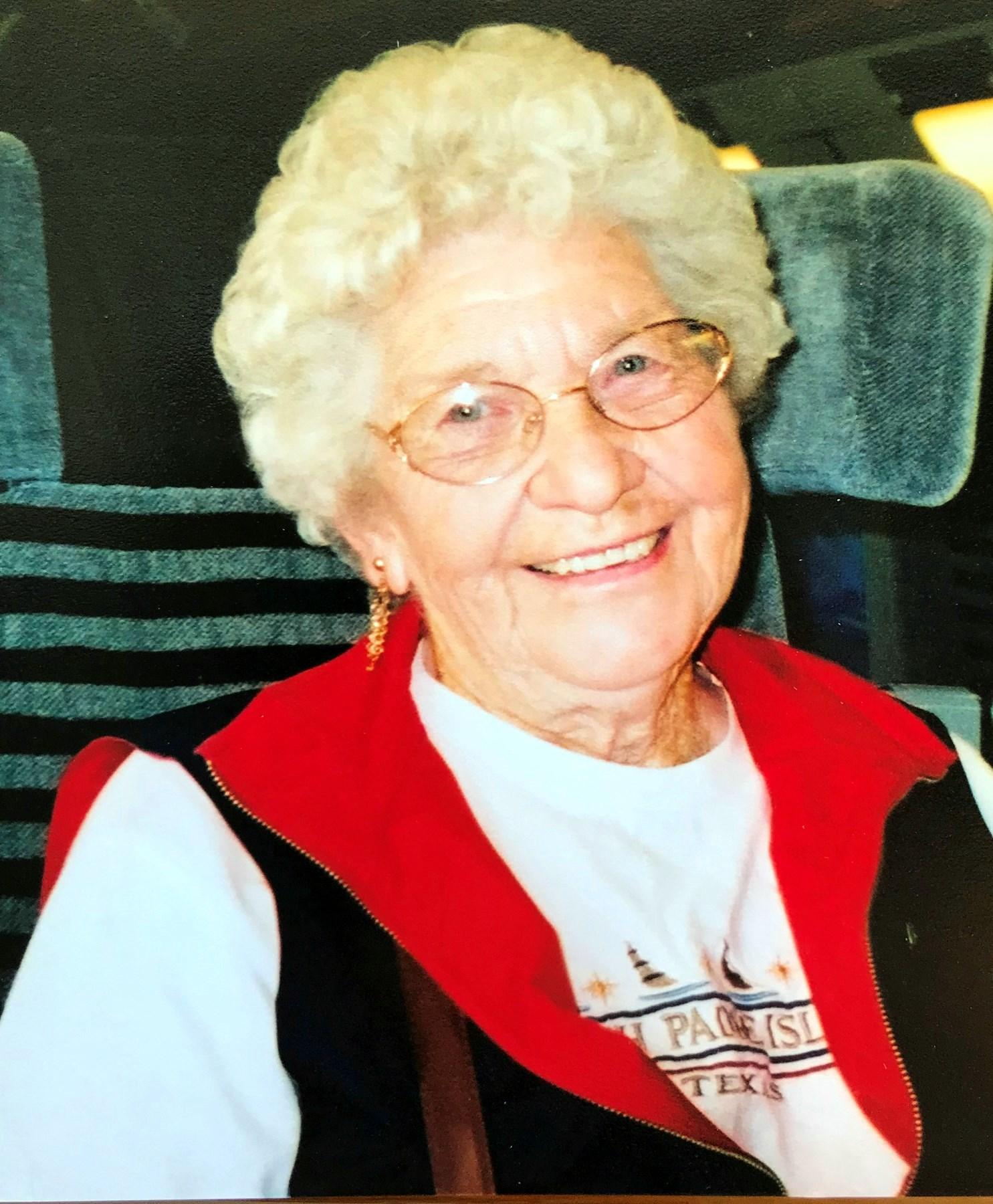 "Betty ""Granny"" Lou  Bennett"