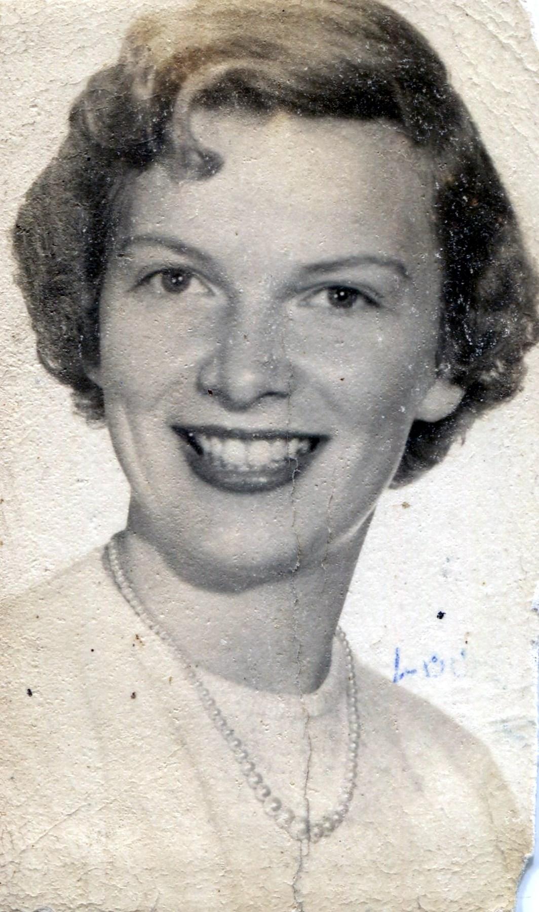 Molly  Thomas Henderson