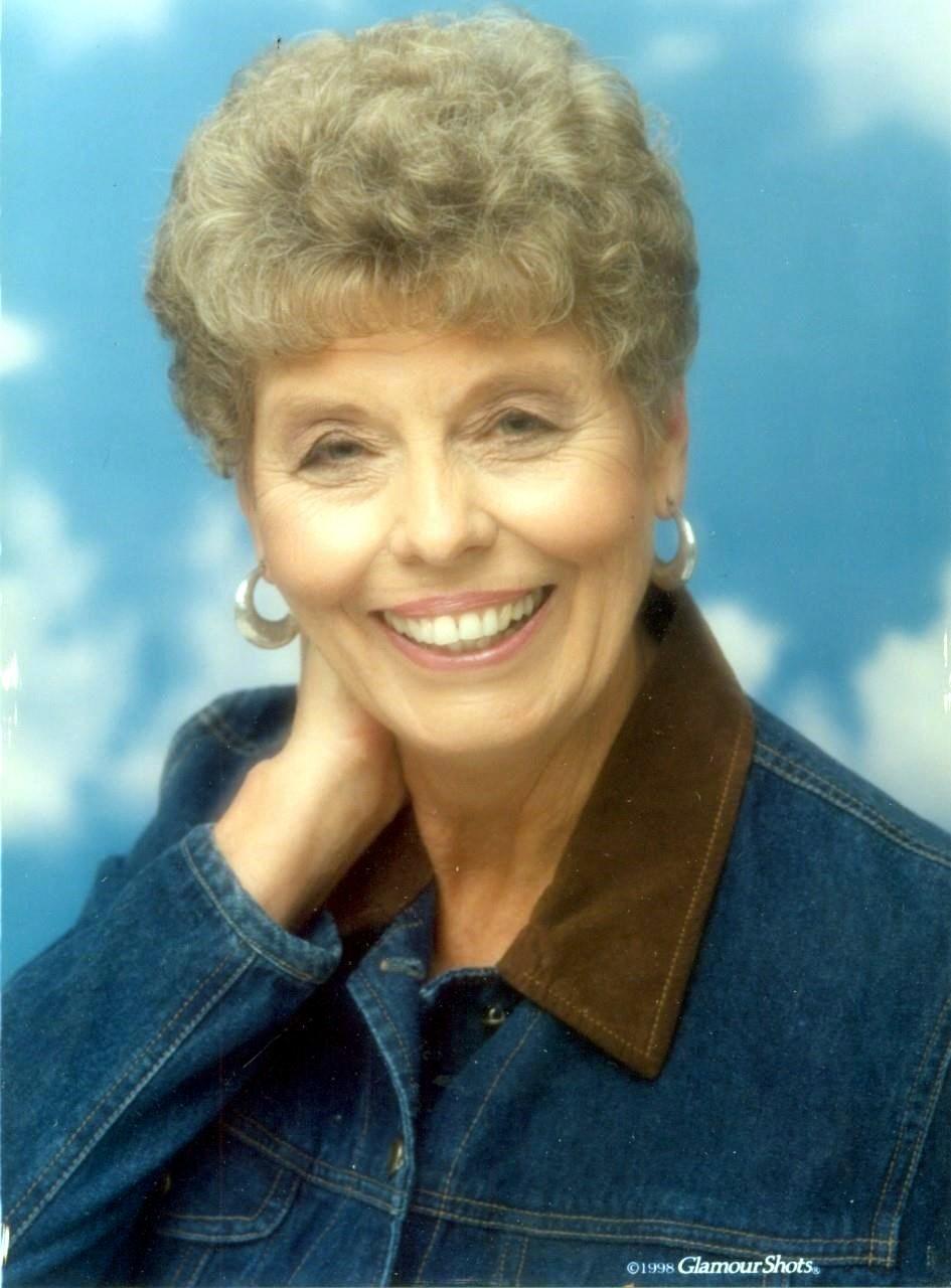 Joan Marlene  Lamkin