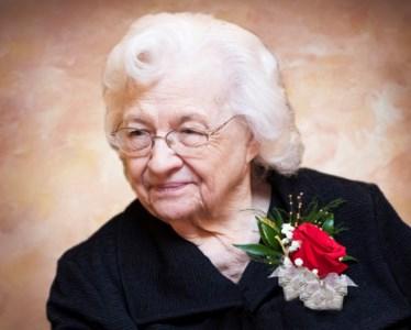 Shirley  Siegel