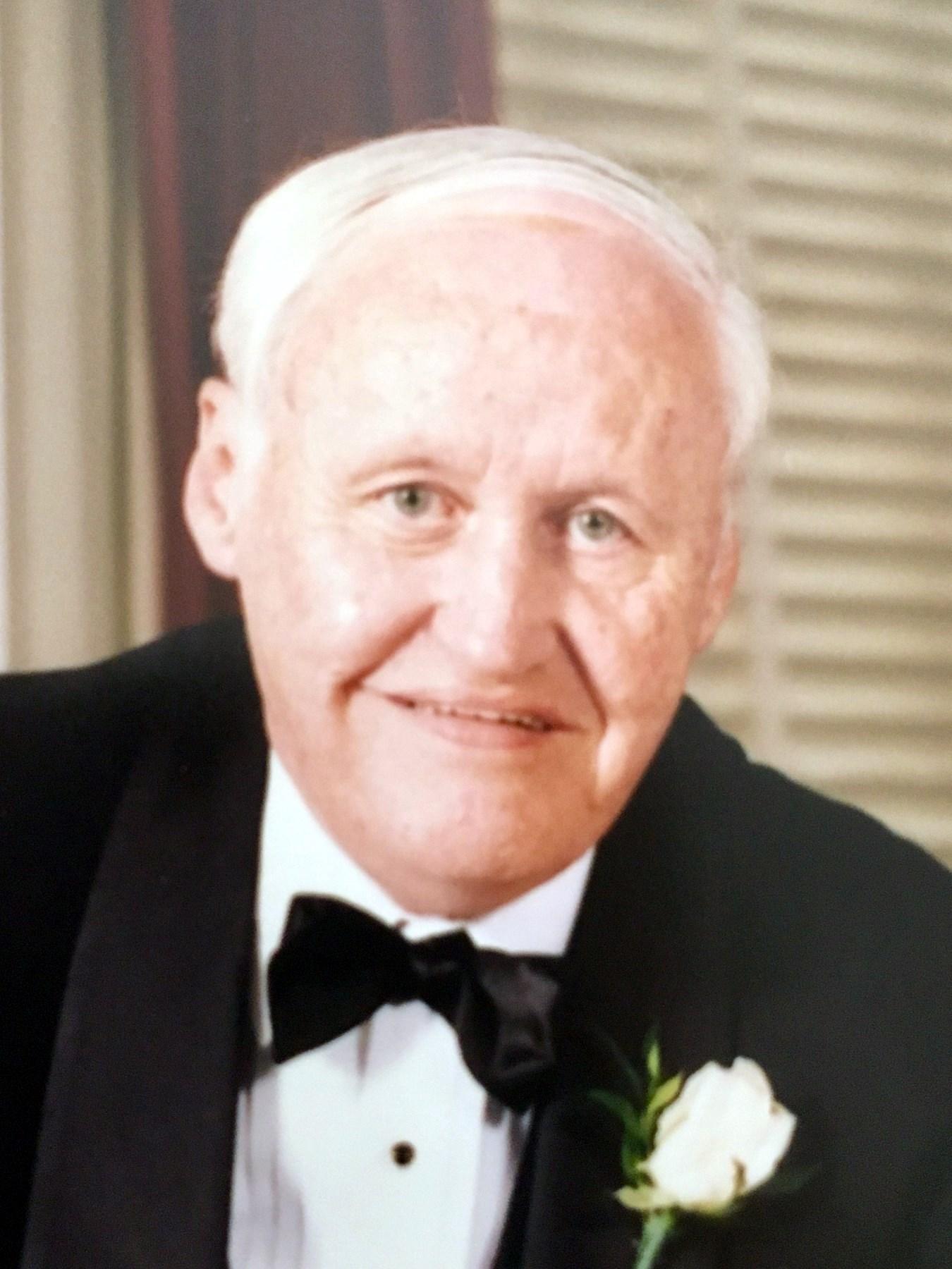 Robert William  Greene Sr.