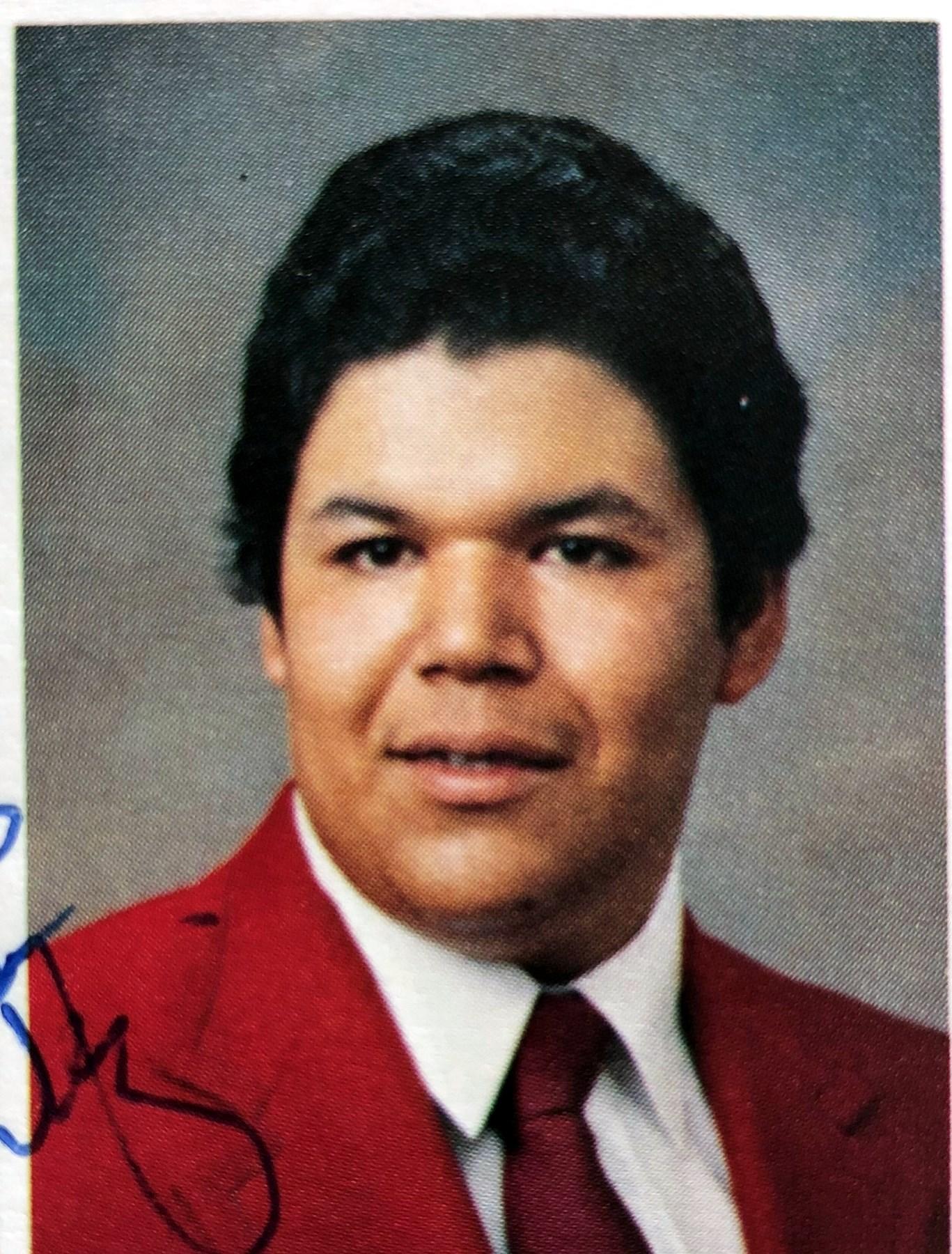 Robert Gregory  Morales