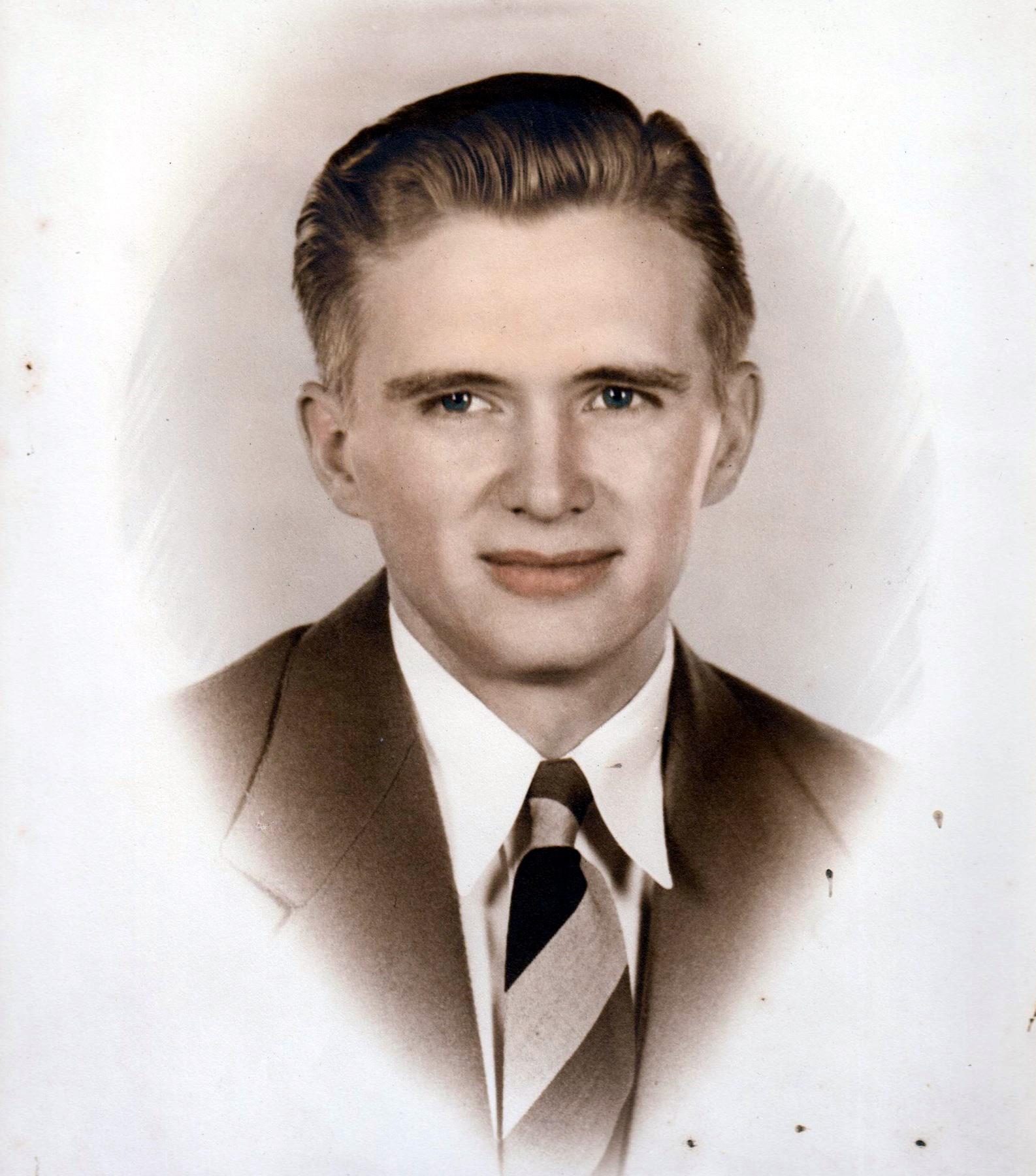 Lucian Perry  Maynard Jr