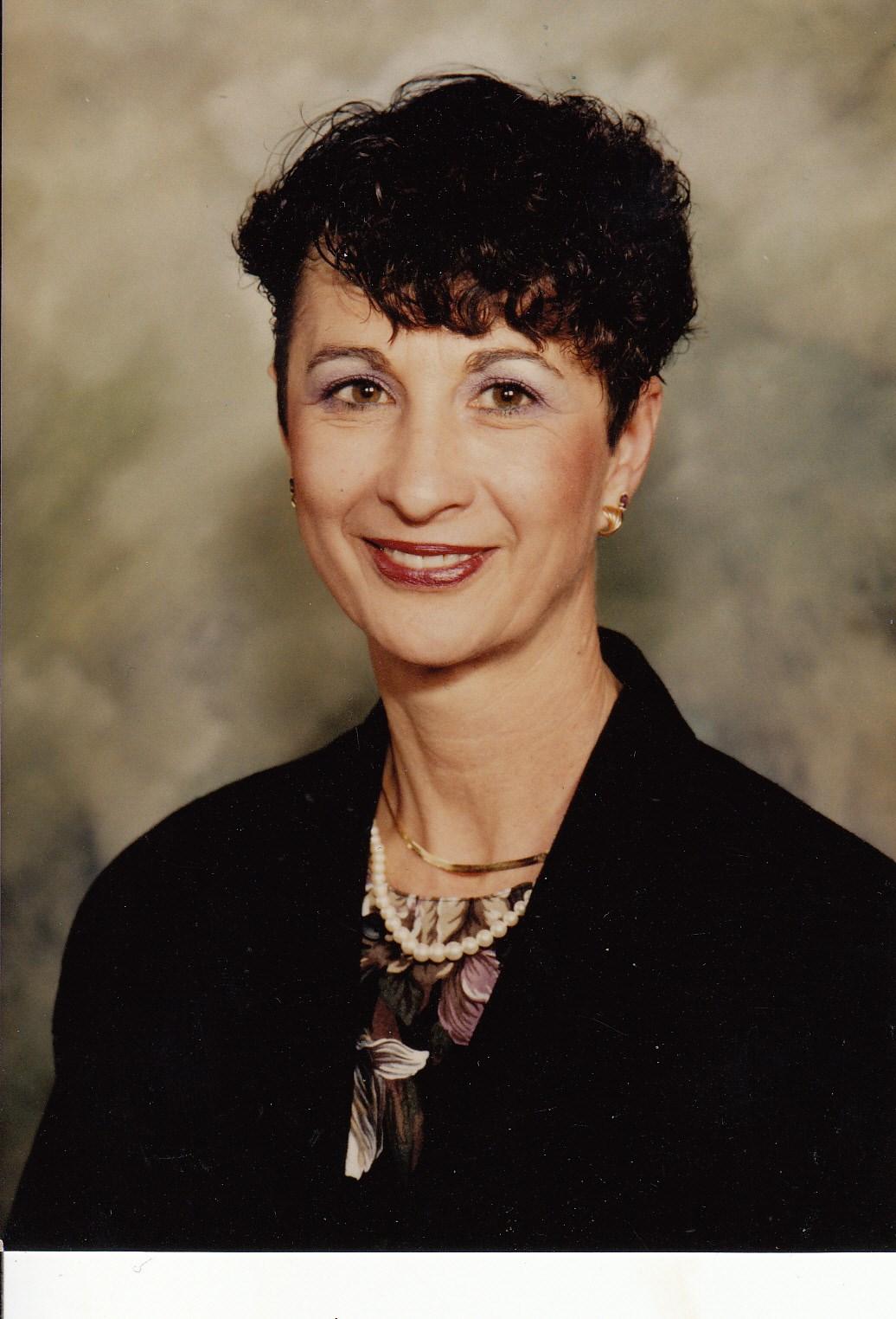 Brooke Elliott,Hilary Van Dyke Hot clips Sheena Easton (born 1959 (naturalized American citizen),Karyme Lozano