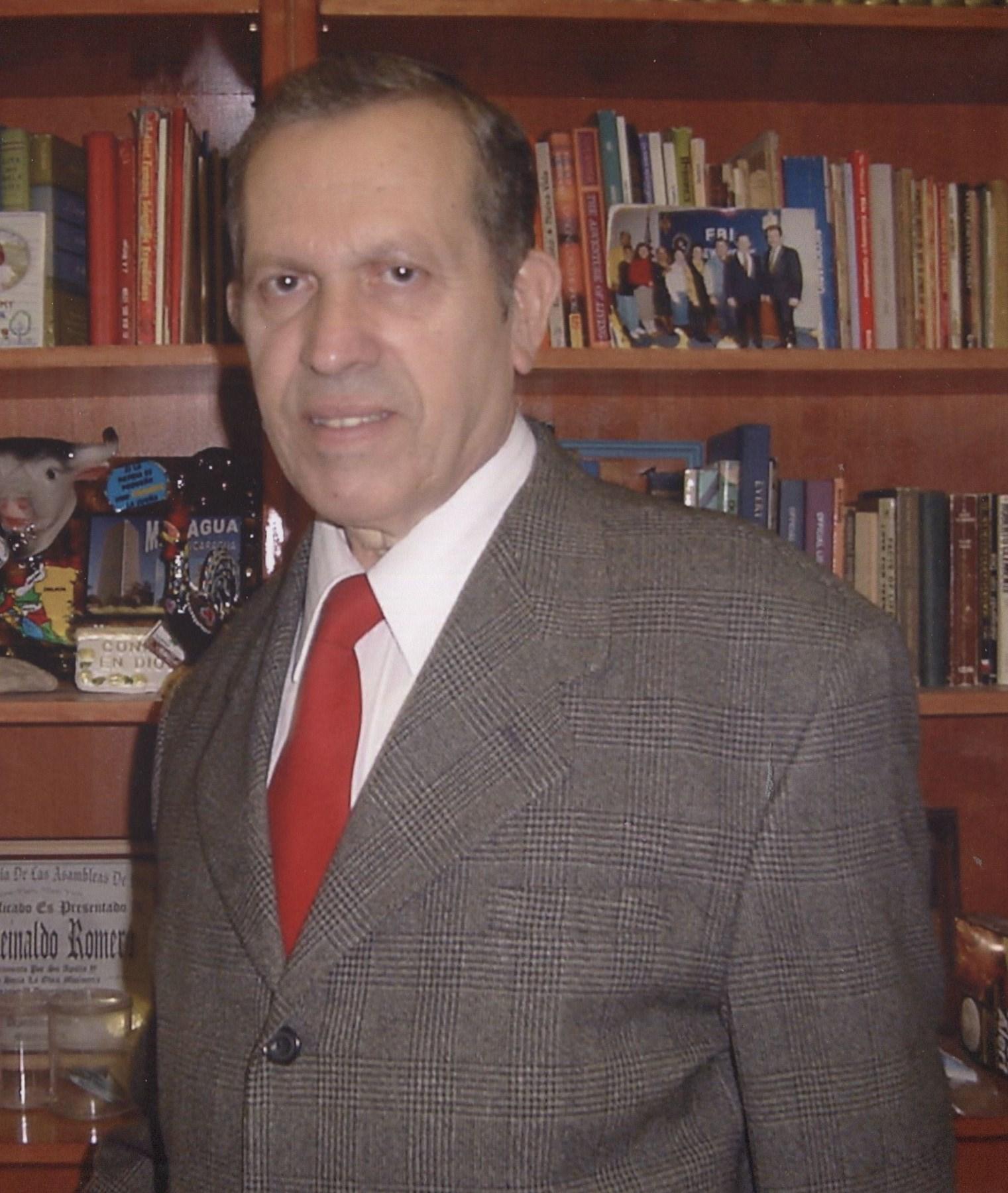 Rev Reinaldo  Romero